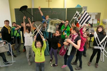 Figurentheaterfestival Erlangen 2013 Workshops mit Schulen Julika Mayer Hermann-Hedenus-Mittelschule 5 a Frau Greil Steigerwaldallee 19 Erlangen